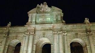 Puerta de Alcalá 2.jpg